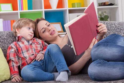 Развитие речи ребенка во многом зависит от родителей. Маленький словарный запас в 2 года - повод для беспокойства
